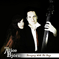 Alice & Björn | Swinging With the Boys