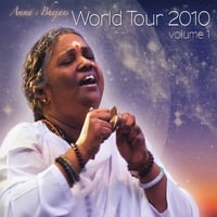 Amma | World Tour 2010, Vol.1