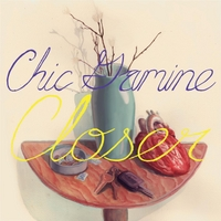 Chic Gamine | Closer