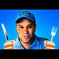 Elevent | Shoenice Rap: He'll Eat Anything!!
