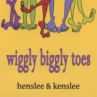 henslee and kenslee | Wiggly Biggly Toes