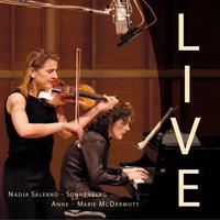 Nadja Live