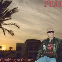 Peo | Climbing to the Sun