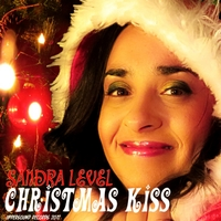 Sandra Level | Christmas Kiss