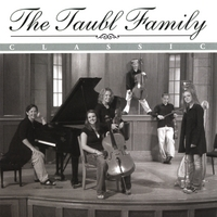 The Taubl Family | Classic
